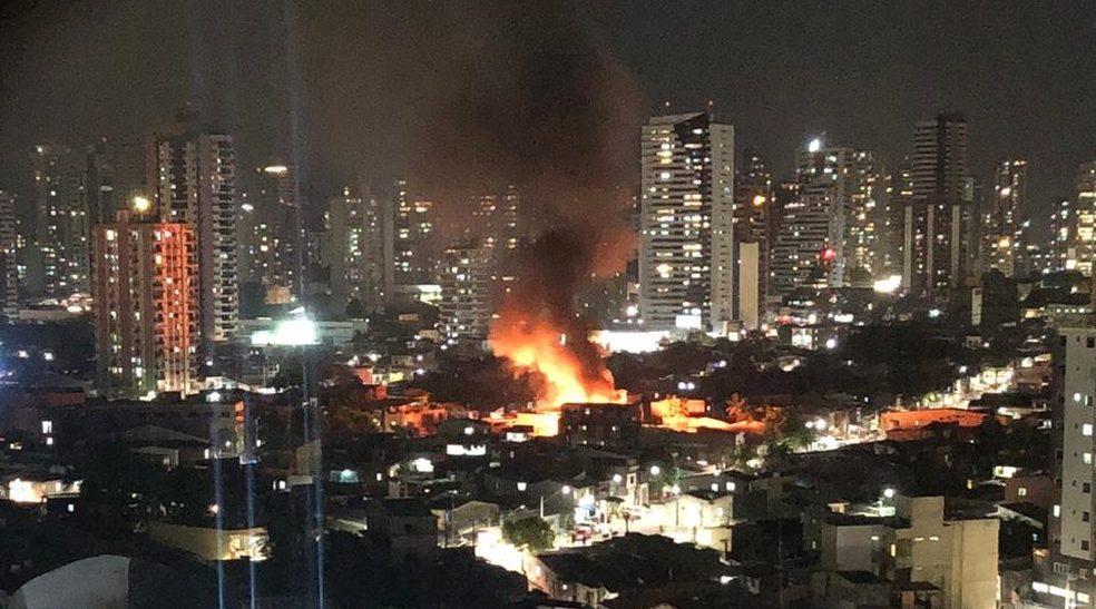 Incêndios mais que triplicaram em agosto deste ano na Grande Belém, diz Corpo de Bombeiros